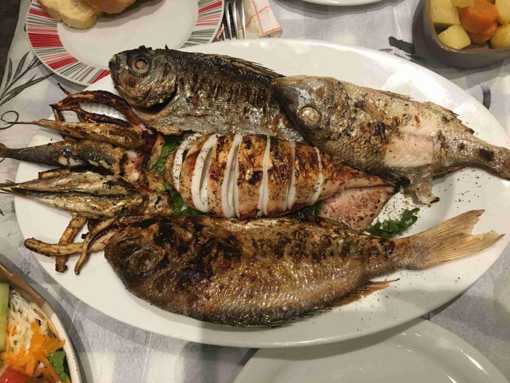 Griechischer Fischteller
