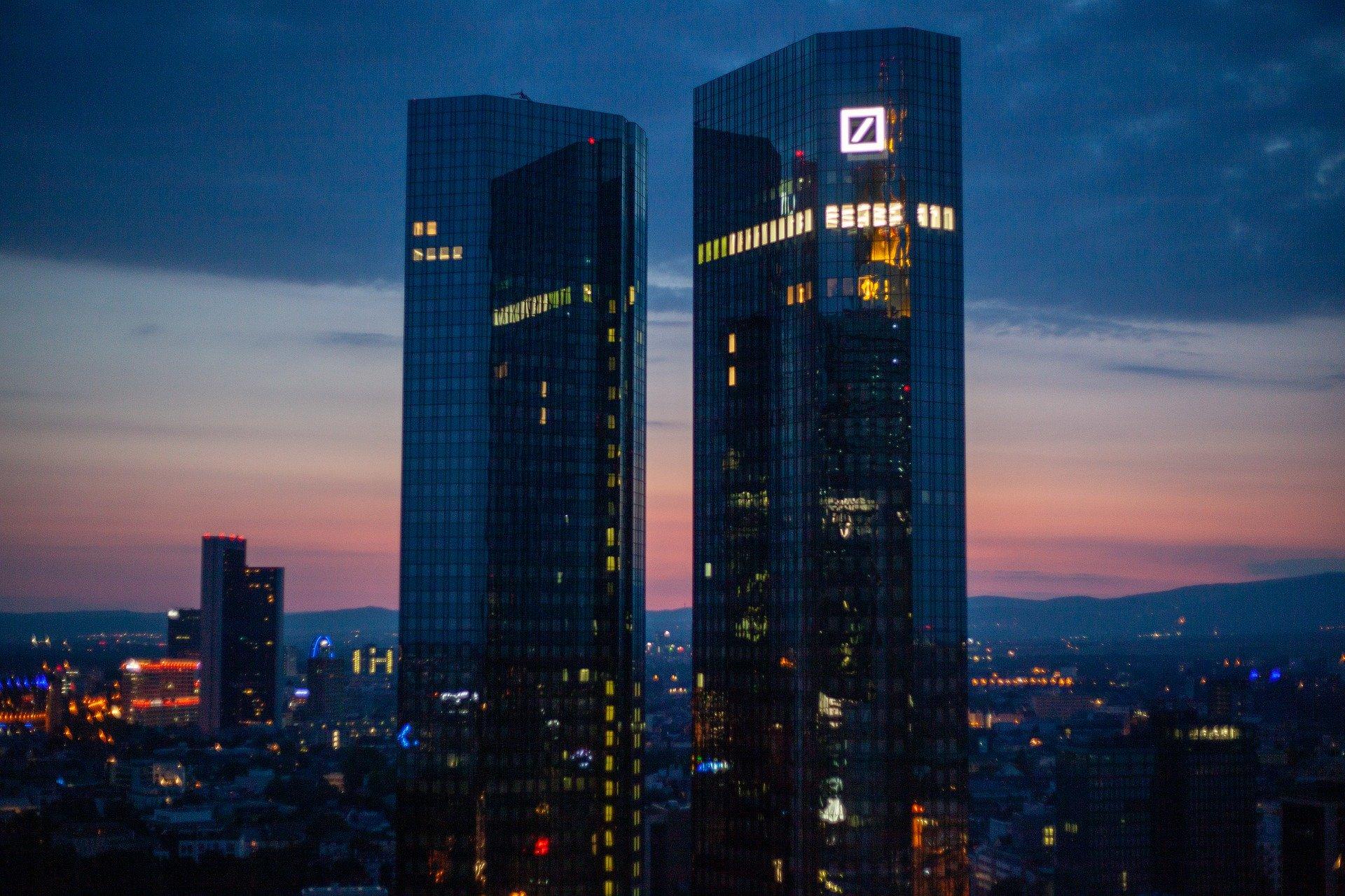 Deutsche Bank Turme In Frankfurt Bildrechte Jasmin Sessler Auf Pixabay 4495552 1920