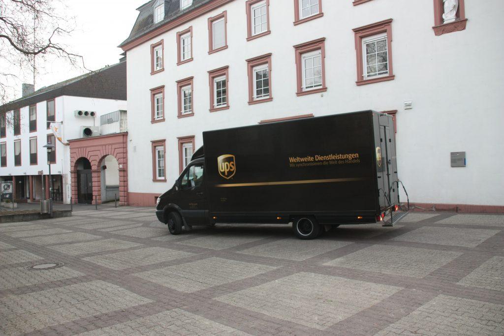 Fußgängerzone im Verkehrsstau: Mainz kassiert, Shopping verliert