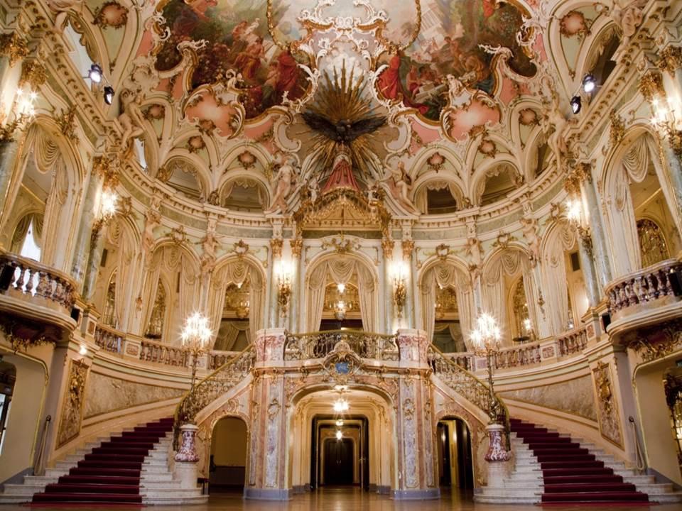 Manon: Ein emotionaler Opernabend im Hessischen Staatstheater Wiesbaden
